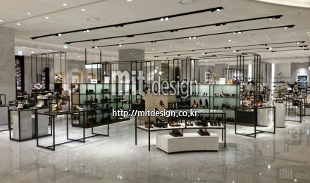 현대백화점 판교점 슈즈 및 핸드백