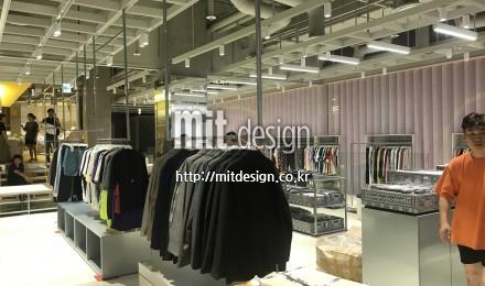 현대백화점 유플렉스 신촌점 B2F PEER 리뉴얼 공사